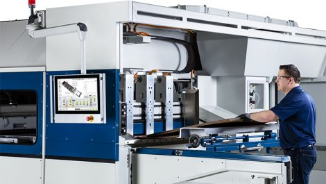 Domino X630i operator at press