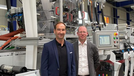 Barthel integrates EcoLeaf into Mark Andy hybrid press